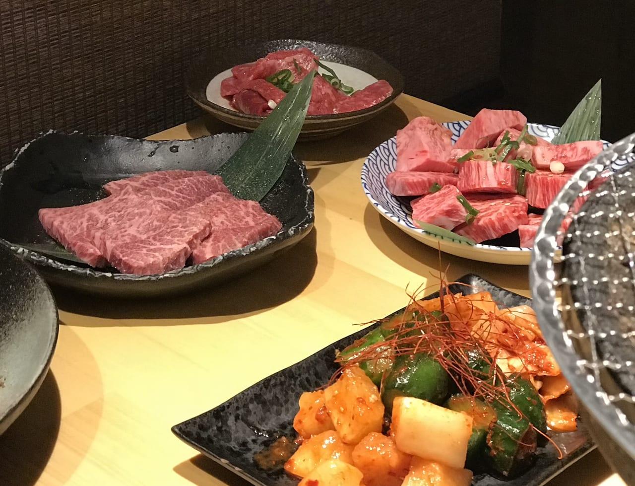 鳥取炭蔵のお肉