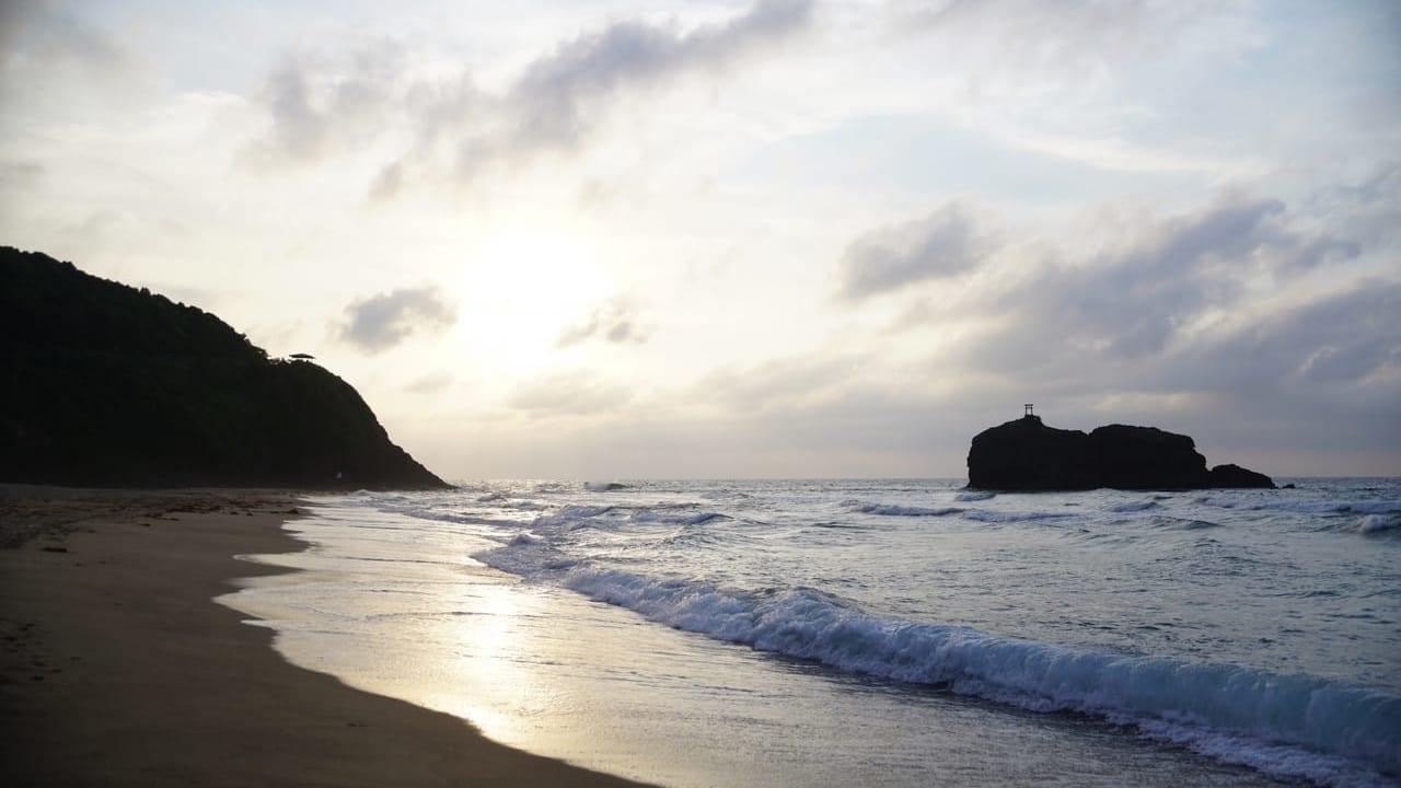 鳥取白兎海岸の海